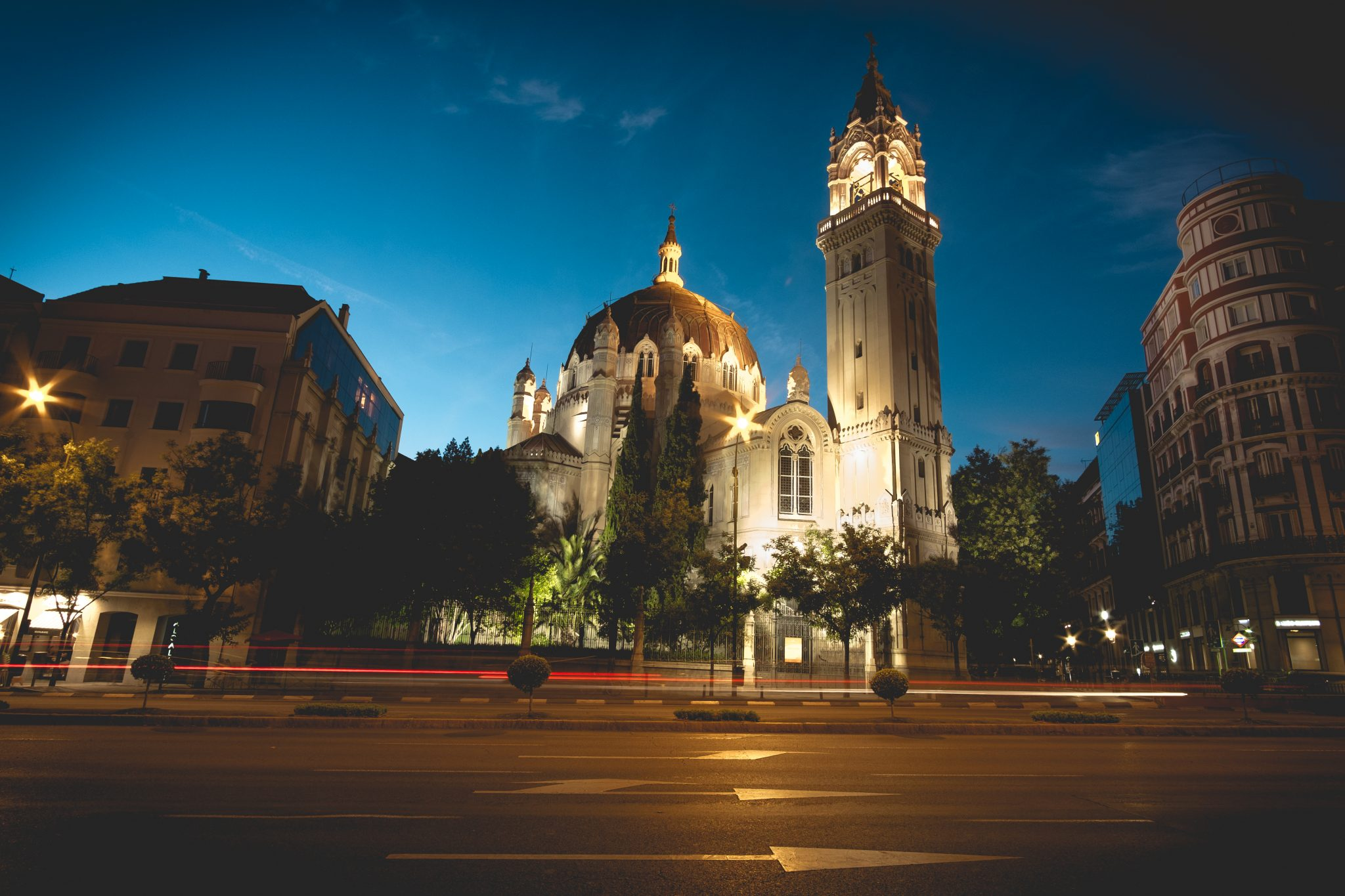 Church at night in Madrid Long exposure shot photo by Jo Kassis