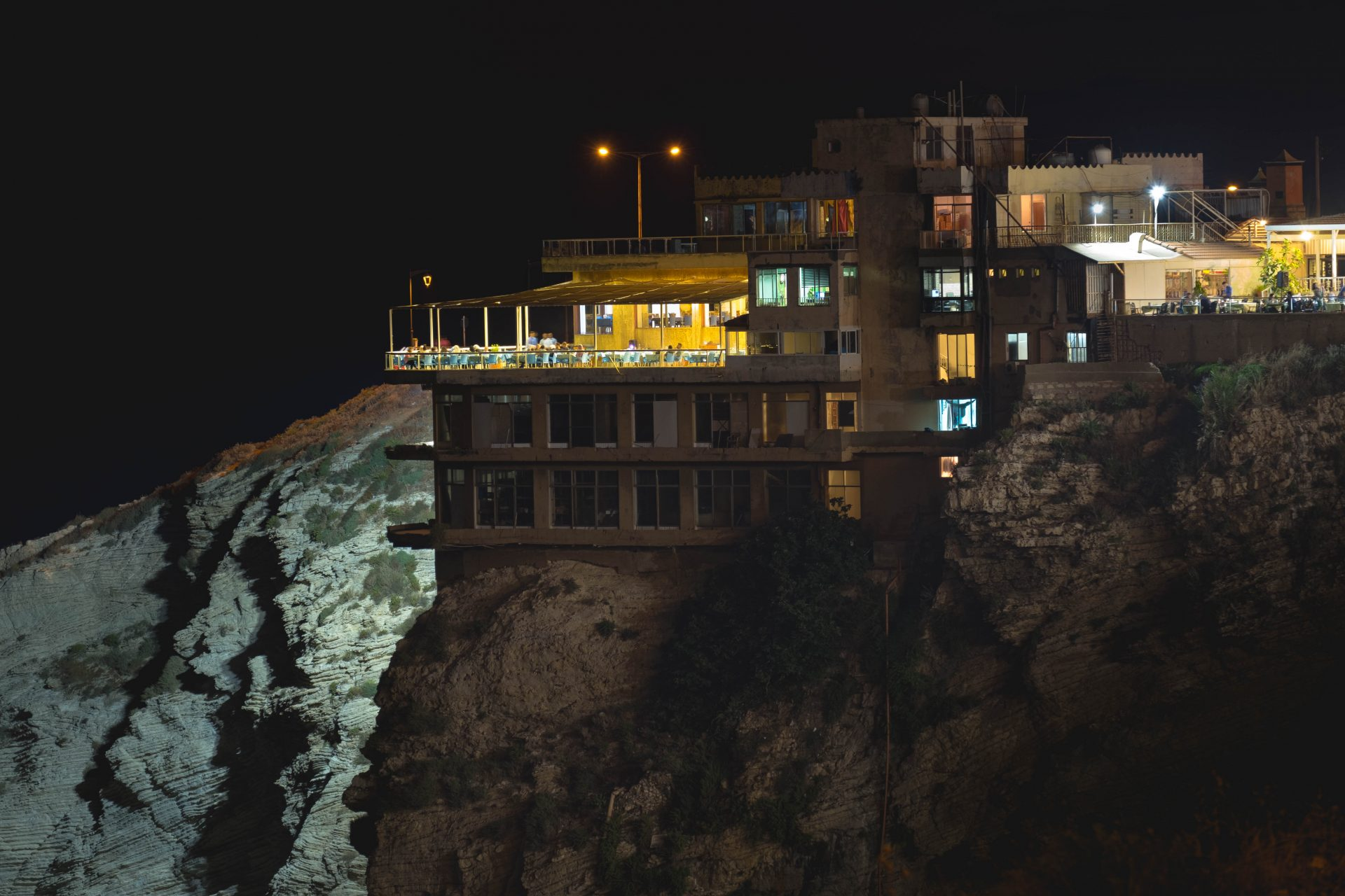 Raouche Beirut by night photo by Jo Kassis