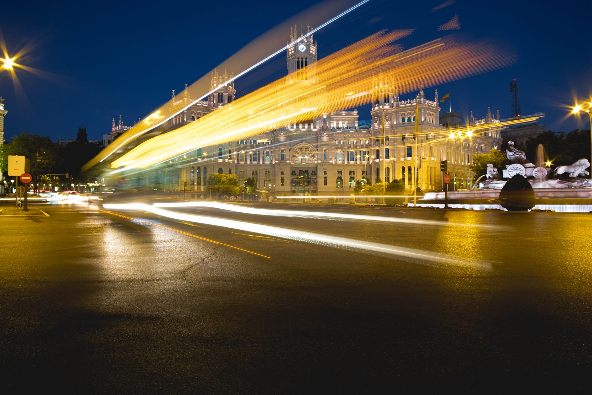 Plaza de Cibeles Madrid Long exposure shot photo by Jo Kassis
