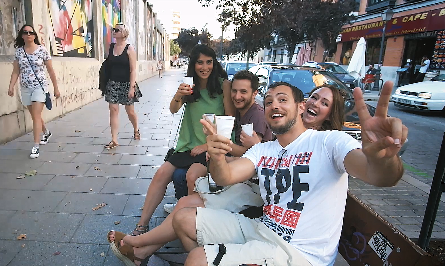 Freinds drinking in the streets of Madrid cinemagraph by Kassisien