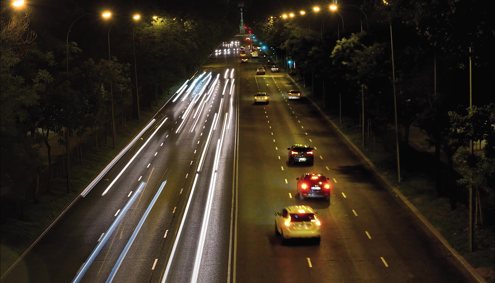 Traffic at night cinemagraph by Kassisien